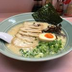 元吉田 - こてこてとんこつチャーシュー麺¥780円