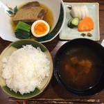 尾崎 - 角煮定食1000円
