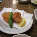 瓦そば本店 お多福 - 下関名物のふぐの唐揚げも料理にはセットになってました、食べやすい大きさでビールにぴったりです。