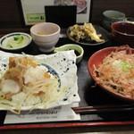 お清水 - 天空御膳1200円 おろし蕎麦 舞茸天ぷら みに醤油カツ丼 里芋煮ころがし 漬け物付き