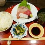 のち家 - お造り定食(日替わり 850円)