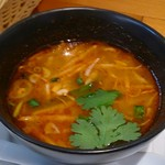 BANGKOK SMILE - トムヤム・スープ