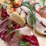 タパス&タパス - 前菜の盛り合わせ