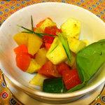 4451295 - 果物と野菜のスパイス和え(塩味)