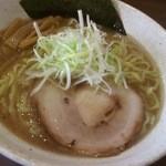 らー麺山之助 - ら~麺大盛り830円。