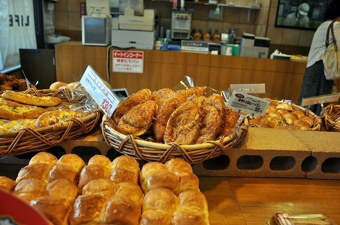 小麦の郷 ライフ中野駅前店