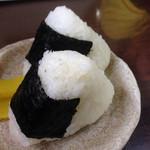 うどん商人つづみ屋 - 安定のオニギリ(*´д`*)
