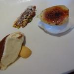 オステリア アバッキオ - ティラミス、イチジクのキャラメリゼとヨーグルトジェラート、木の実のケーキ