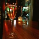 ウォール ストリート カフェ&バー - シャンパ~~ン❤ ギロッポンの夜はふけて❤ (`・з・)ノU☆Uヽ(・ω・´)