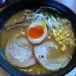 44527634 - 上・淡麗味噌麺¥637(H27.11.16撮影)