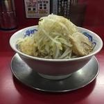 44527784 - ラーメン並700円野菜ニンニク