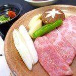はりま屋 - 料理写真:新潟・村上牛の最高級格付等級であるA5等級の牛肉を使用しています。