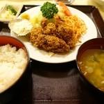 東都グリル - カキフライ定食