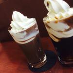 キーコーヒー - ココアフロートとコーヒーフロート