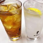 ファイト餃子 - ウーロンハイ&レモンサワー