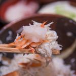 大森 茶々 - 旨味が加わる桜海老