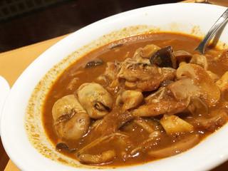 アンブロジア - 牡蠣きのこカレー(2辛)