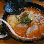 鶏口 - 料理写真:2015/11 秋限定 鶏白湯 赤辛 細麺 \800