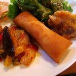 4456206 - 食彩堂 @逗子 プレートランチ:若鶏のココナッツ煮込・カニクリームの春巻・ラタトゥユ