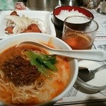 陳麻家 - 【2015.11.18(水)】日替定食(玉ねぎたっぷり唐揚げ+半担々麺)850円