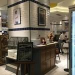 ゴントラン シェリエ カフェ - 店内