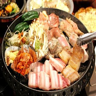 極厚サムギョプサルも韓国料理も食べ放題