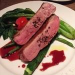 44575997 - フランス産 鴨むね肉のアッロスト(¥2,200)