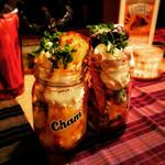 Cham - ボトルパフェ(左チーズケーキ、右ガトーショコラ)