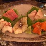 朝日寿司 総本店 - お刺身盛り合わせ