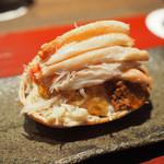 食工房 ひろさき - 料理写真:ズワイガニ(雌)。土佐酢のジュレが挟まれてる。
