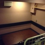 居酒屋 飛躍虎 - 一番奥にある大きなテーブル席。最大10名に座って頂けます(*゚▽゚*)