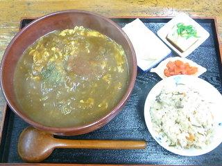 拾得 - カレーとじうどん単品¥750 かやくご飯セット¥930(税込)