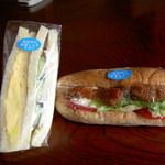 マルベリー - 卵とハムのサンドイッチ(250円くらい)、照り焼きチキンサンド・胚芽入り??パン(290円)