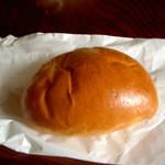マルベリー - 人気ナンバー1のクリームパン(190円)・クリームも手作り、焼き立ては絶品★★
