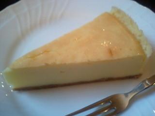 トロワアンジュ - ベイクドチーズケーキ