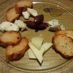 44602228 - チーズ盛り合わせ
