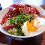 食堂エンドウ - あぶりと赤身のダブル丼(1500円)
