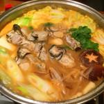 せんこま - 味噌ベースの、牡蠣鍋♡