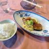 デルソル カフェ - 料理写真:「本日のオススメランチ(北海道産の鮭のムニエル)」780円