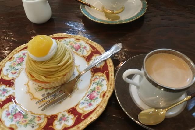https://tblg.k-img.com/restaurant/images/Rvw/44617/640x640_rect_44617725.jpg