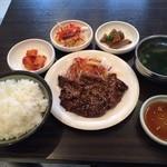 韓国厨房 尚州本店 - 和牛焼肉定食980円