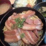 美ら風南風 - ラフテー丼