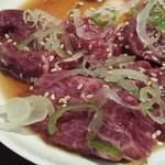 焼肉ホルモン佐々木家 - たしか、仙台牛のカルビ。割とマイルド。