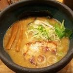極や - らぁめん(醤油) 720円