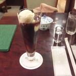 椿屋珈琲店 - アイス珈琲フロート