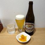 川崎鶏唐揚定食店 - ビール中瓶500円(税込)