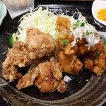 川崎鶏唐揚定食店 - ミックス唐揚げ