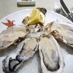 44630644 - 生牡蠣 食べ比べ