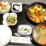 いろり - 料理写真:日替り定食・酢どり¥680