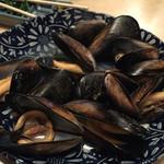 焼鶏館 - ムール貝の酒蒸し